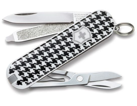 Victorinox Swiss Army Classic SD Multi-Tool, 2-1/4 inch Houndstooth Handles