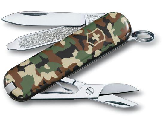 Victorinox Swiss Army Classic SD Camo Multi-Tool, 2-1/4 inch Closed (Old Sku 0.6223.94US2)