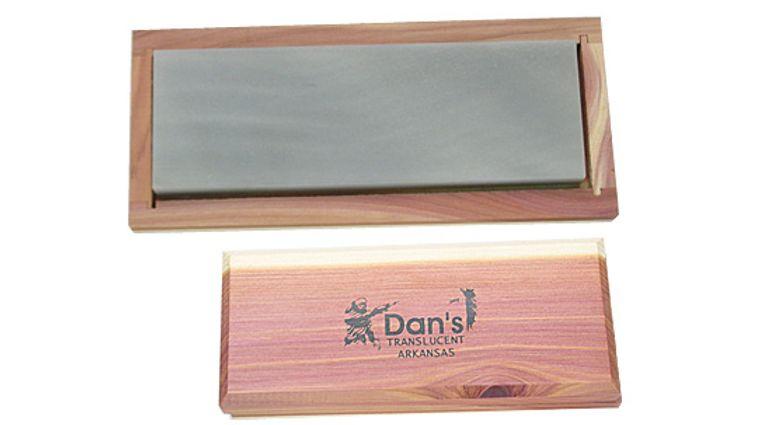Dan's Whetstone Translucent Extra-Fine Bench Stone in Wooden Box (6 inch x 2 inch x 1/2 inch)