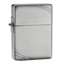 Zippo 1935 Replica w/ Slashes, Brushed Chrome